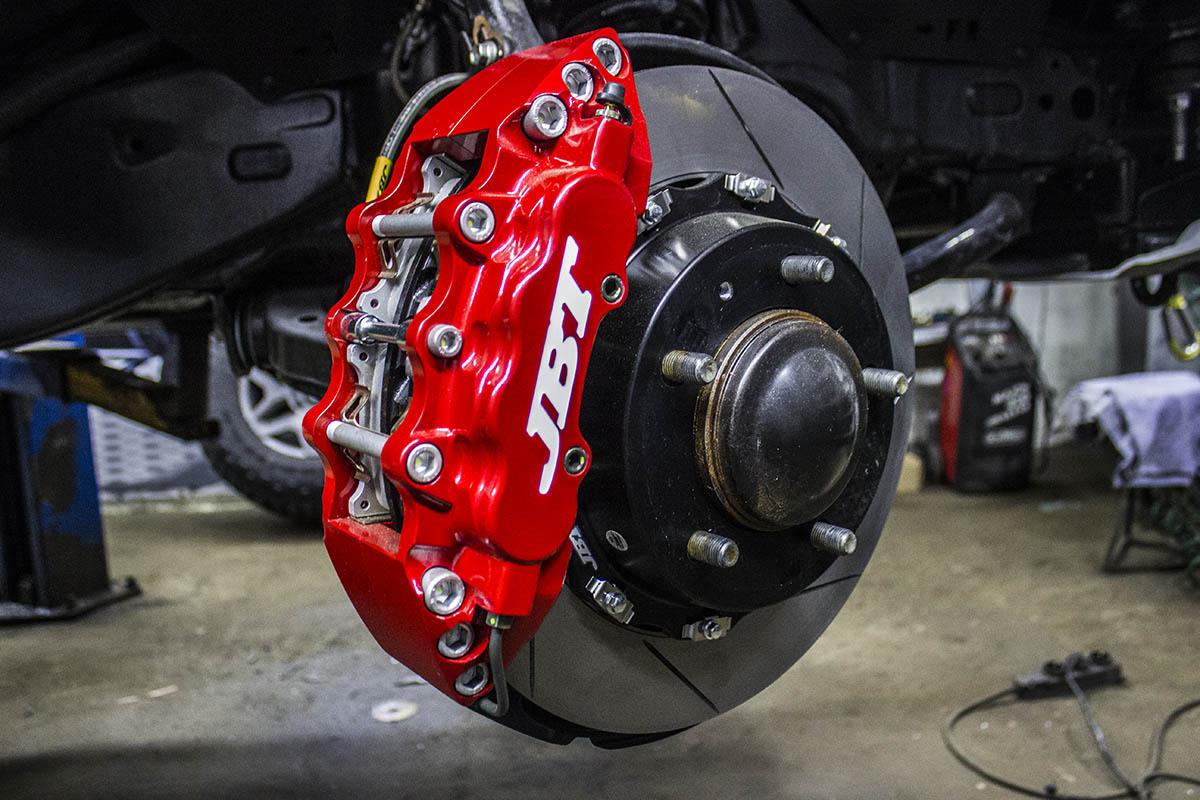 JBT-brakes-toyota-tundra-2