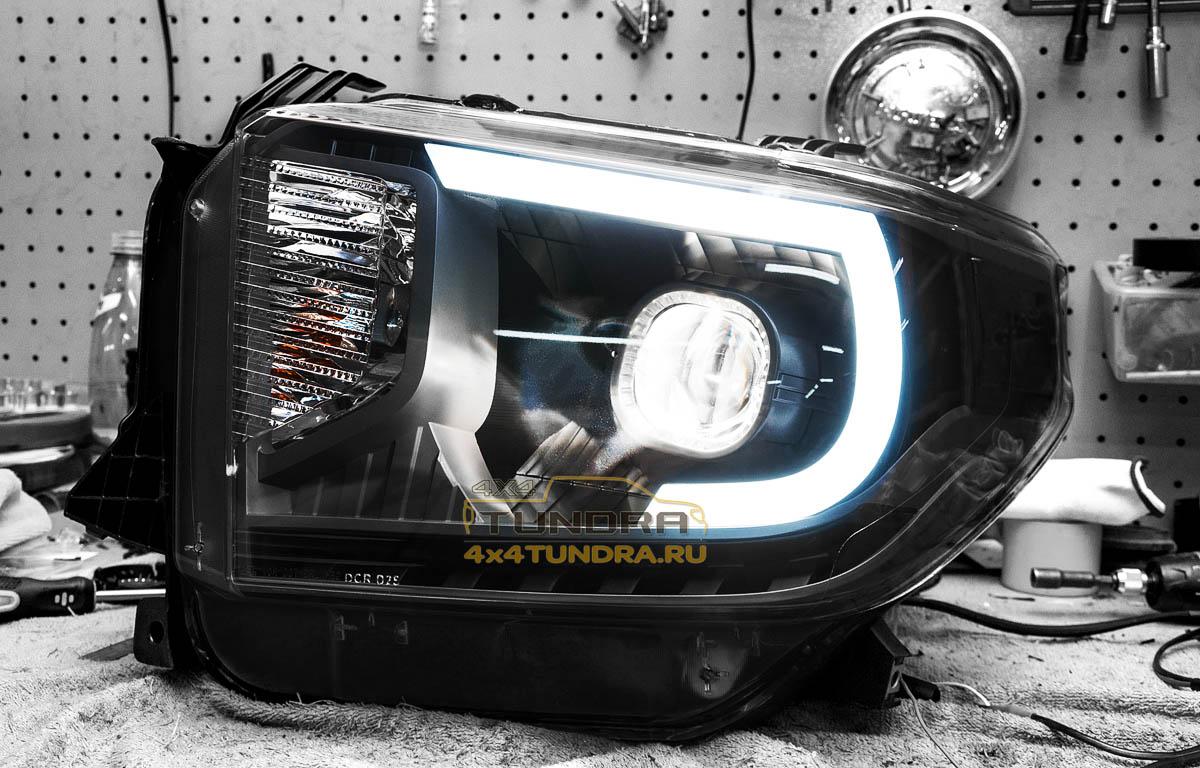 Toyota-Tundra-2014-headlights-hella-xenon-lens-10