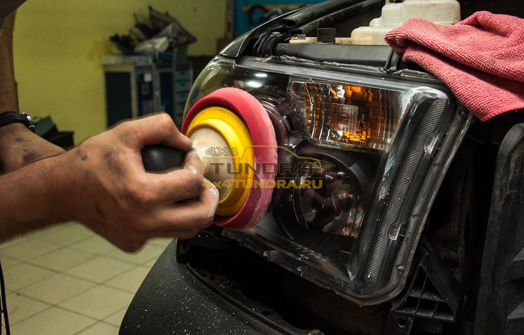 Toyota-Tundra-headlights-hella-xenon-lens-4