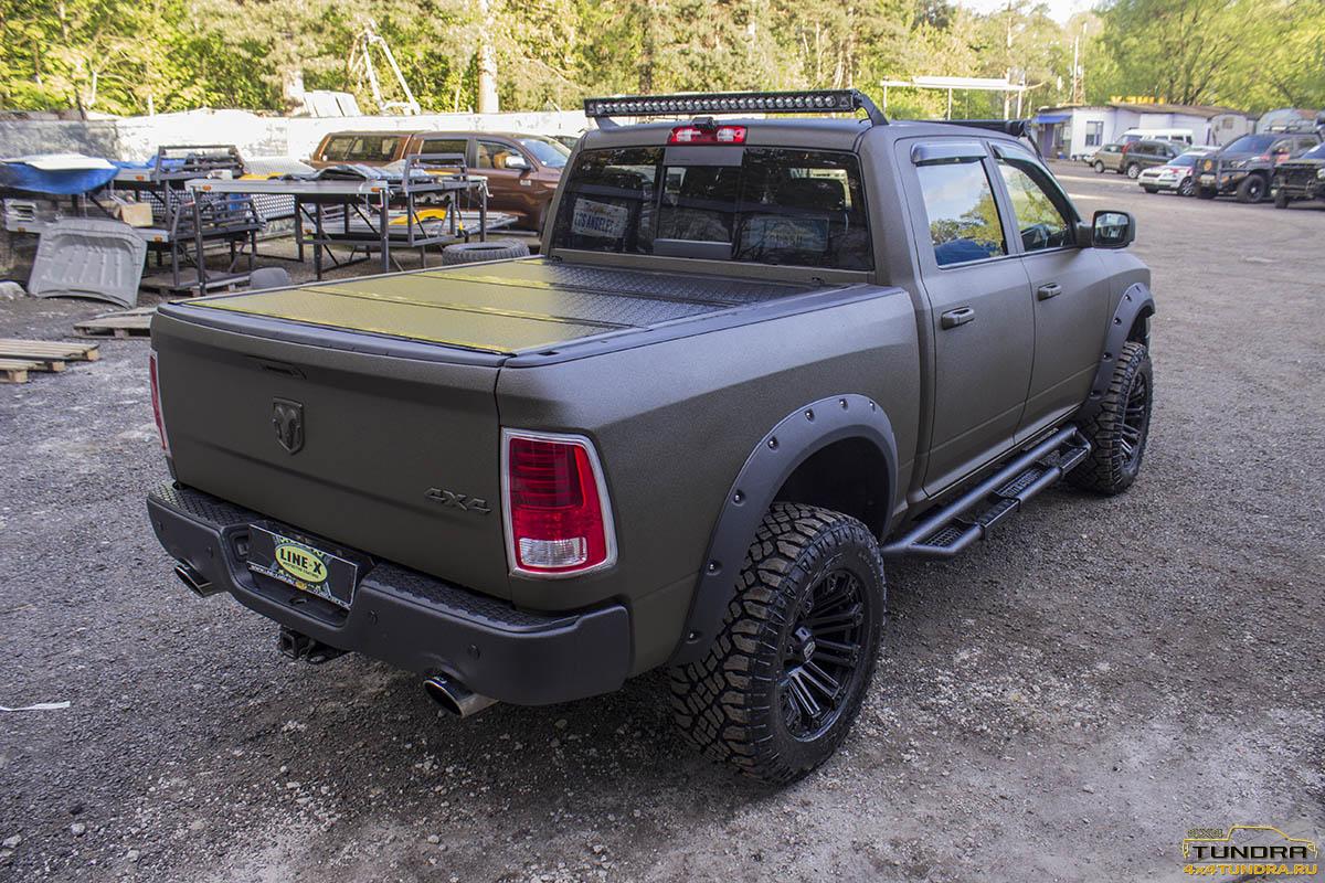 Dodge Ram 1500 Laramie LINE-X - 4x4 Tundra