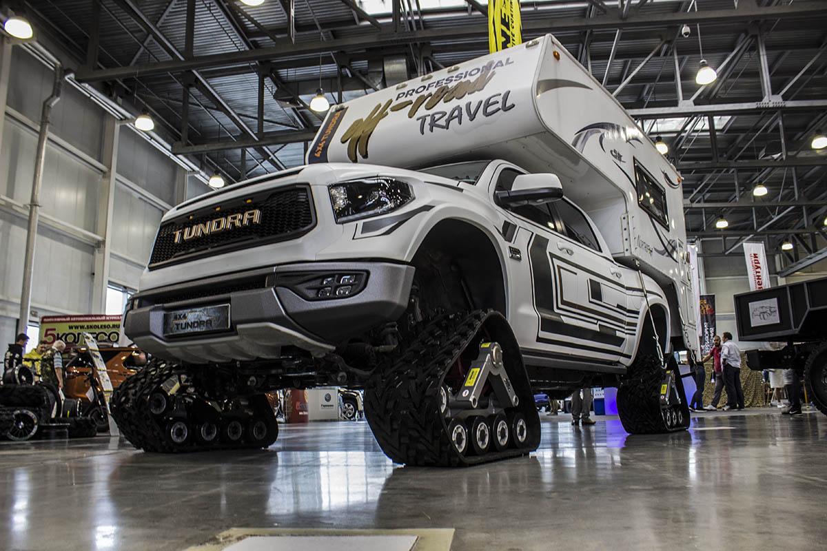 Toyota-Tundra-6x6-6