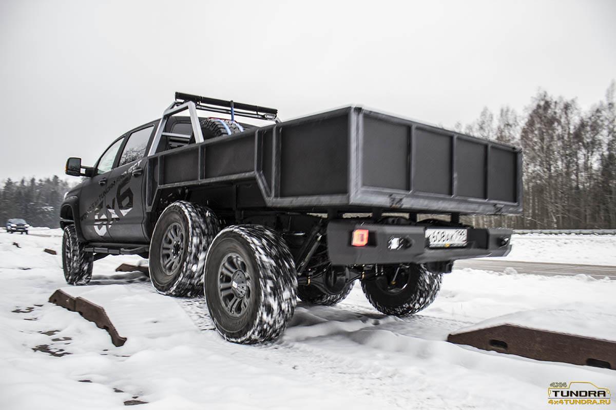 Toyota-Tundra-6x6-hercules-NAMI-16