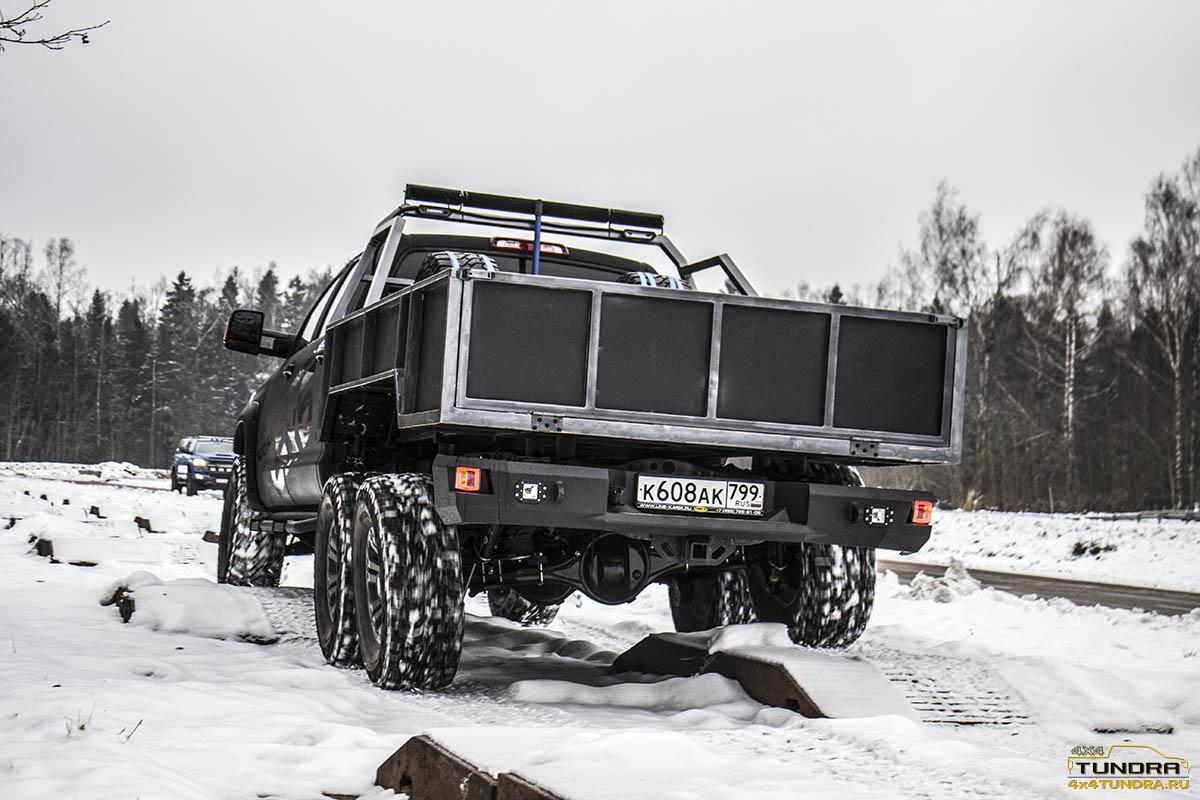 Toyota-Tundra-6x6-hercules-NAMI-17