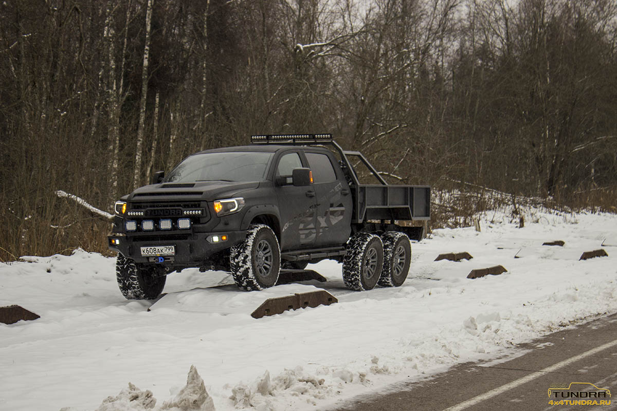 Toyota-Tundra-6x6-hercules-NAMI-2