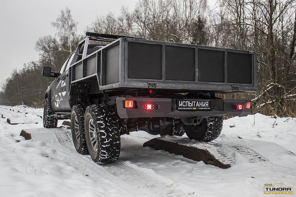 Toyota-Tundra-6x6-hercules-NAMI-27