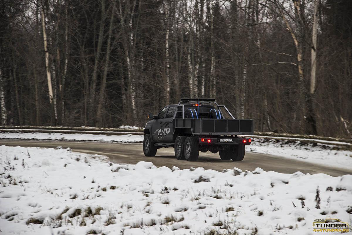 Toyota-Tundra-6x6-hercules-NAMI-28