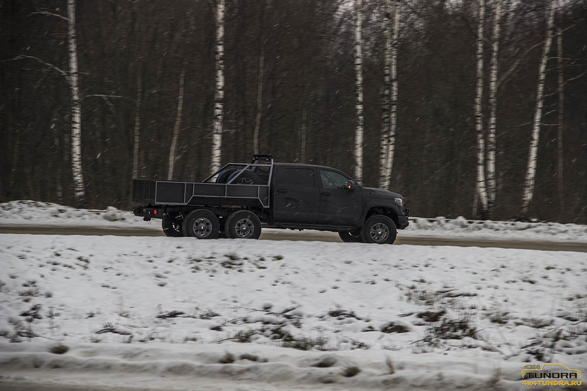 Toyota-Tundra-6x6-hercules-NAMI-36