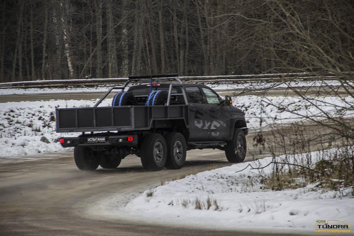 Toyota-Tundra-6x6-hercules-NAMI-44