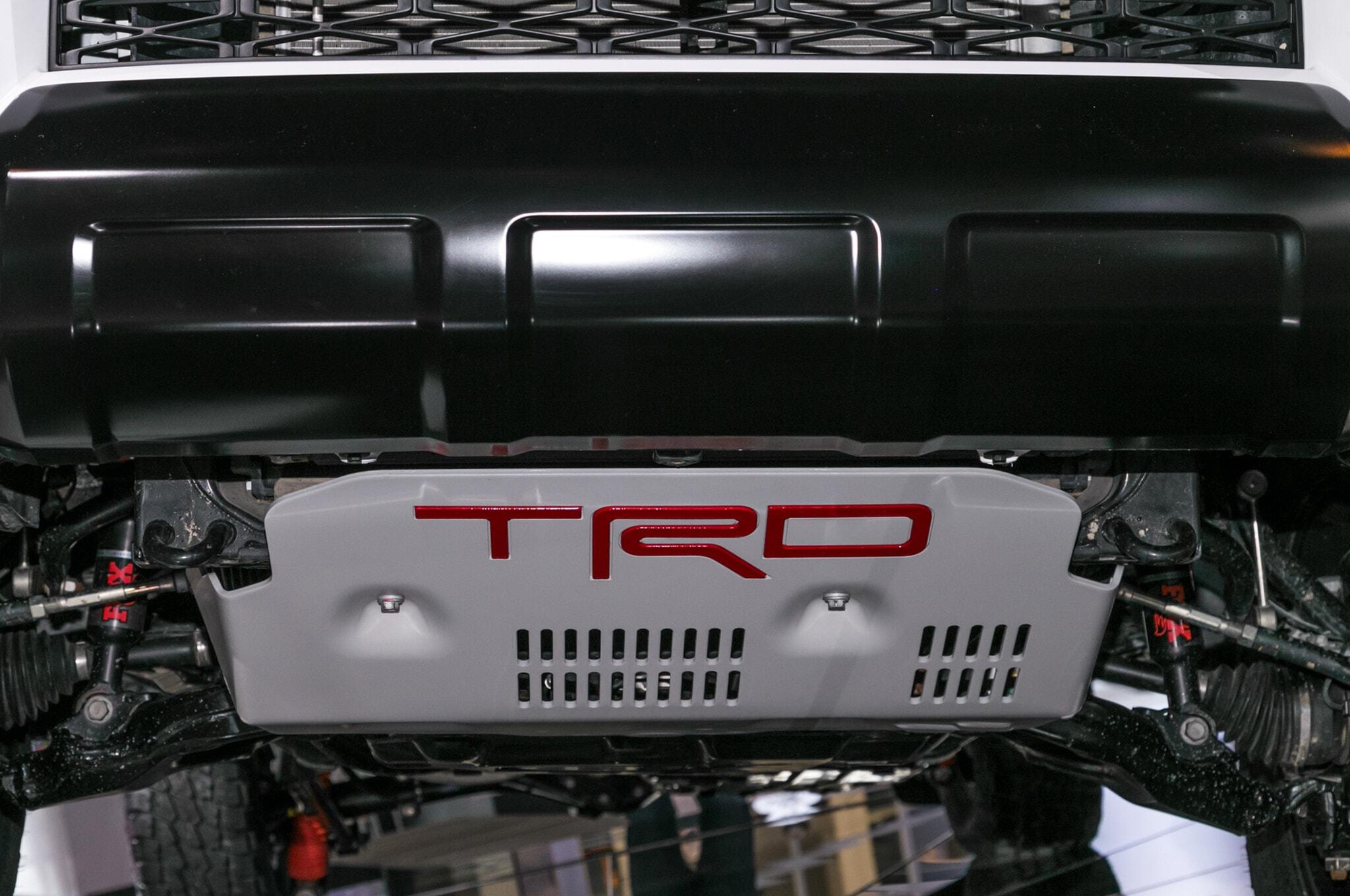 2019-Toyota-4Runner-TRD-Pro-bottom-detail