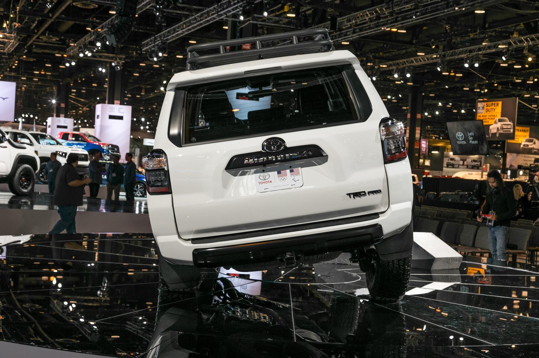 2019-Toyota-4Runner-TRD-Pro-rear