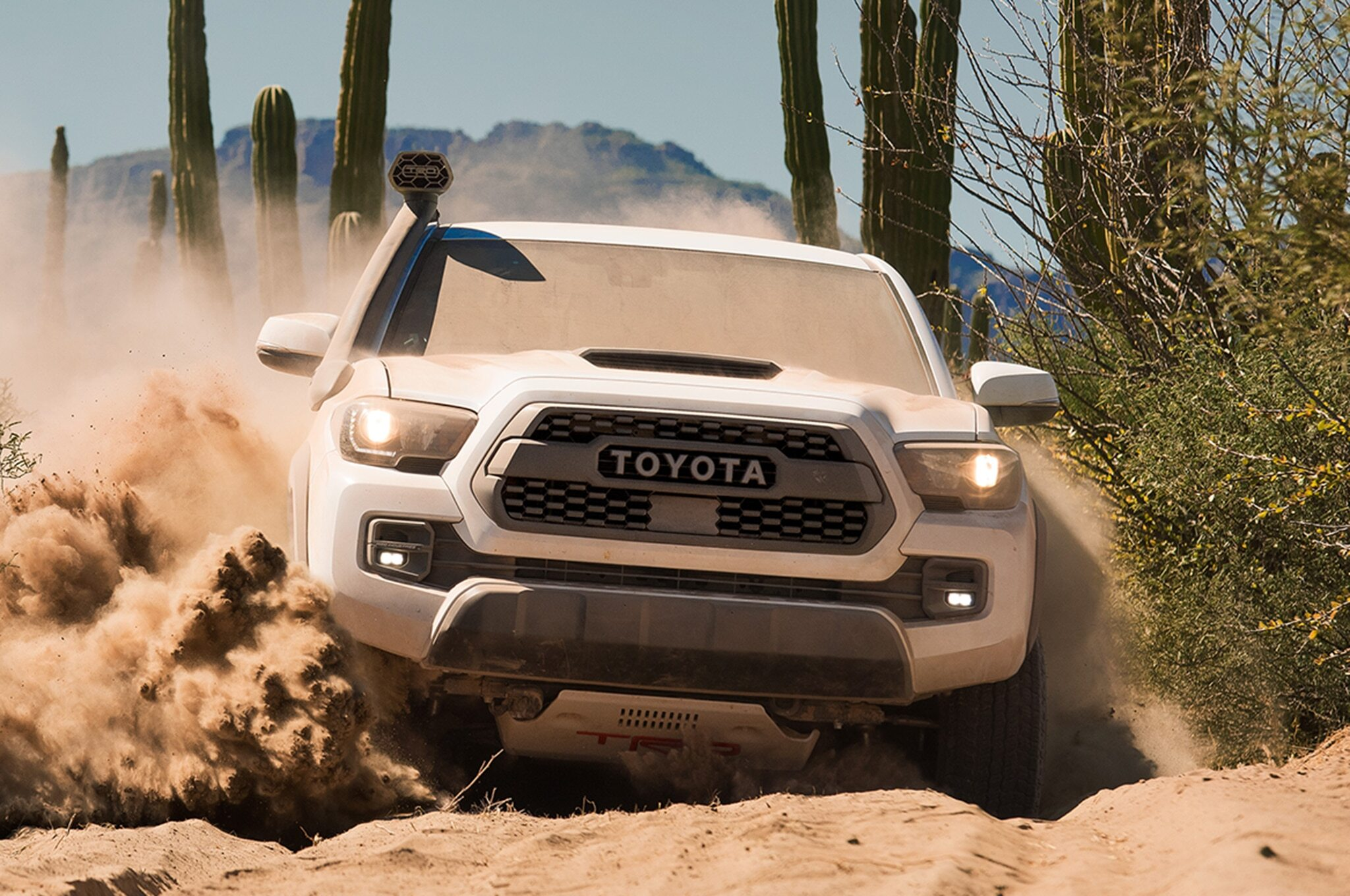 2019-Toyota-Tacoma-TRD-Pro-front-in-motion-01