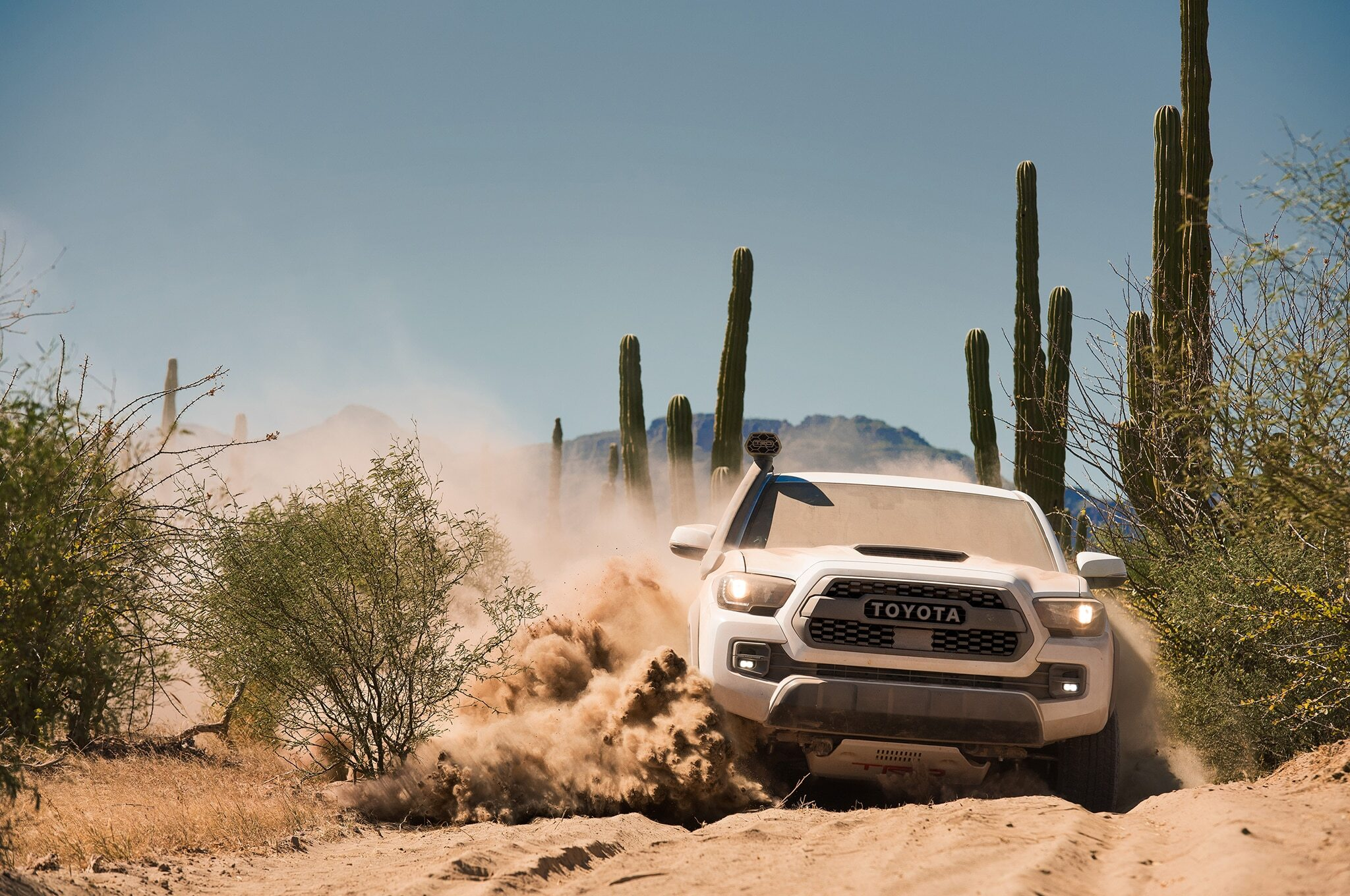 2019-Toyota-Tacoma-TRD-Pro-front-in-motion-02