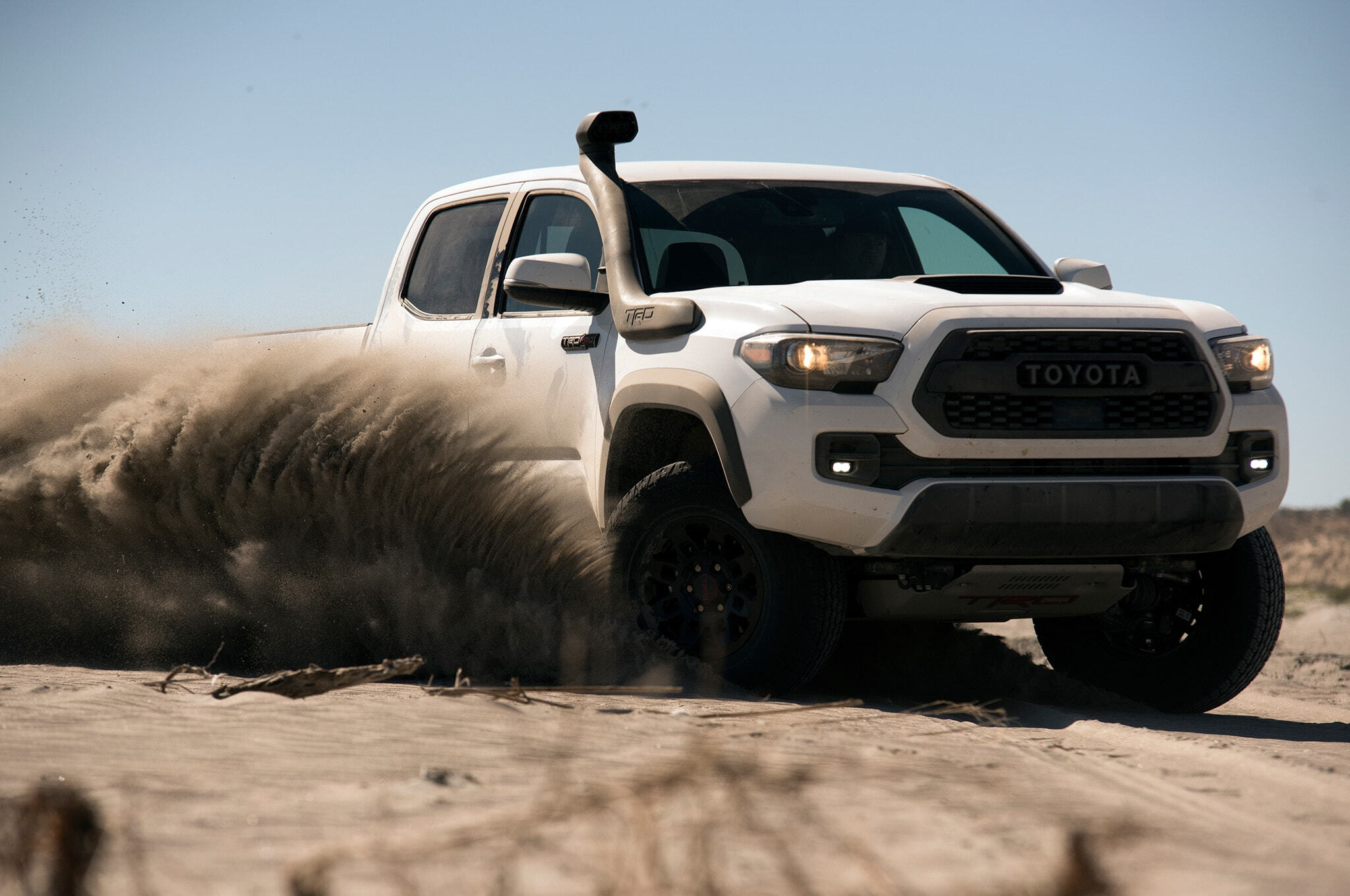 2019-Toyota-Tacoma-TRD-Pro-front-three-quarter-in-motion