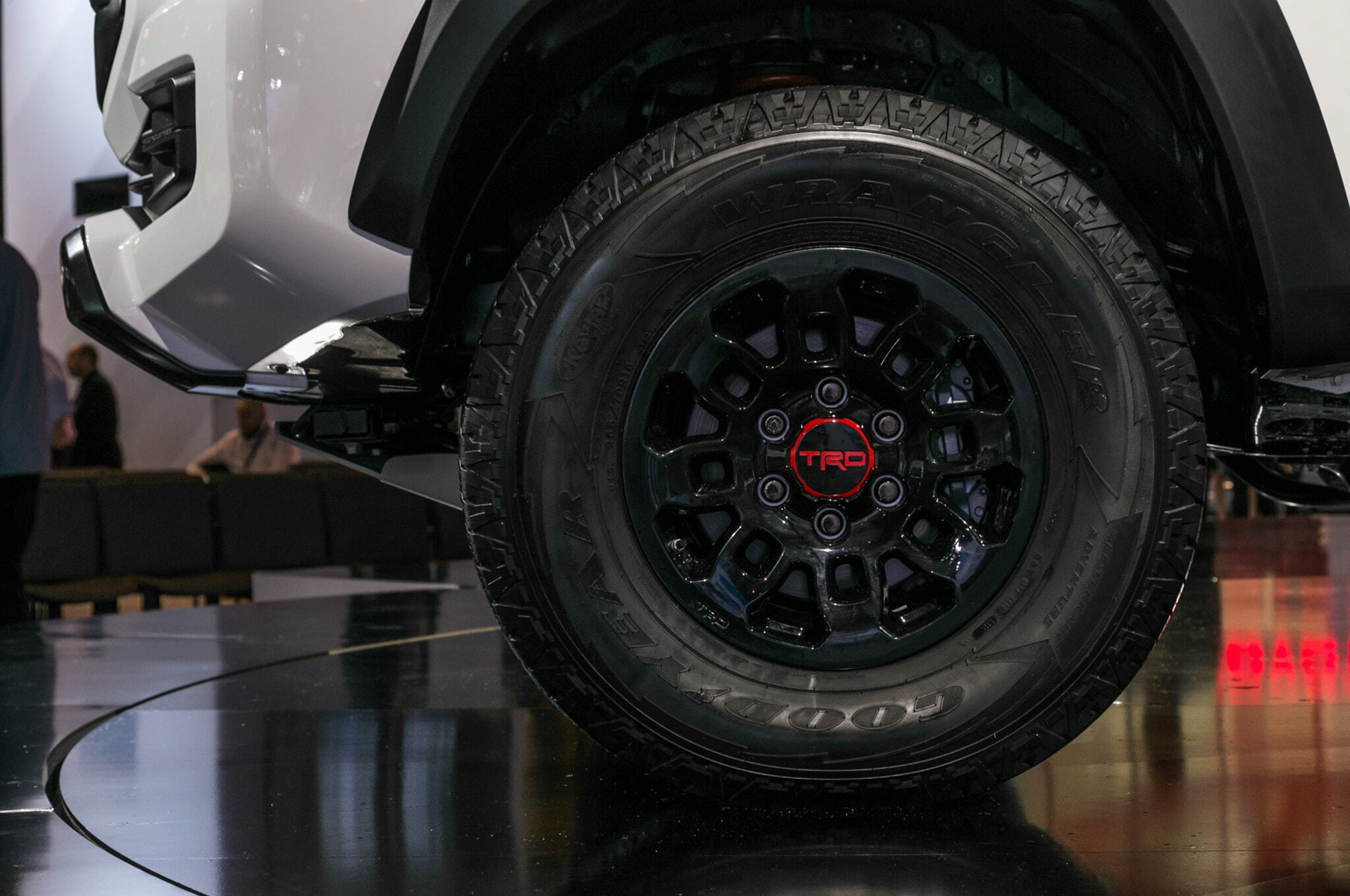 2019-Toyota-Tacoma-TRD-Pro-front-wheel