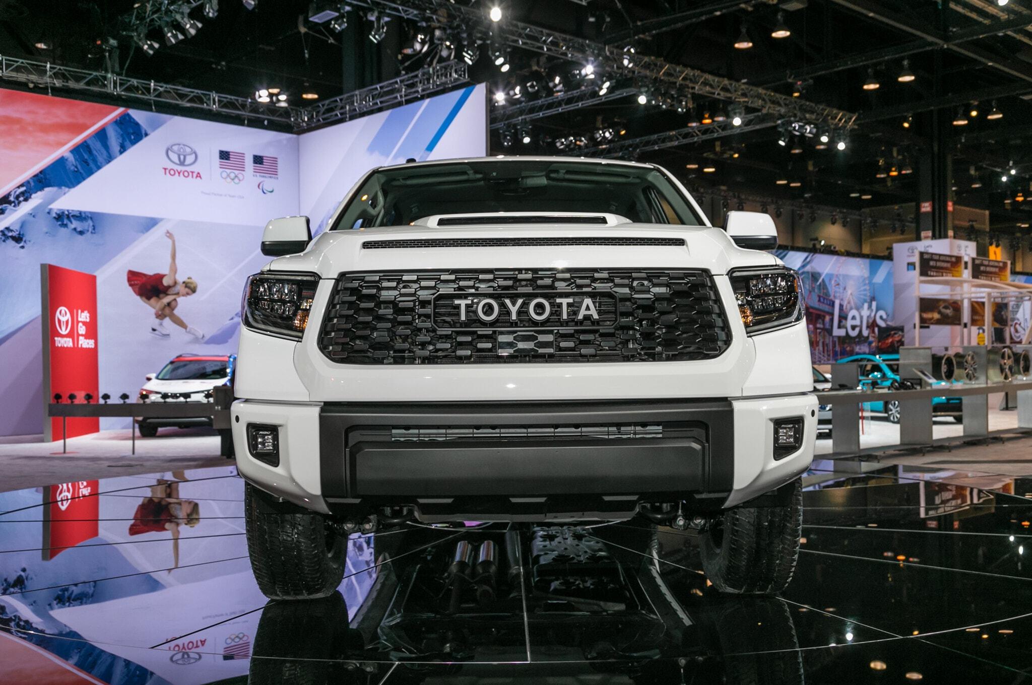 2019-Toyota-Tundra-TRD-Pro-front