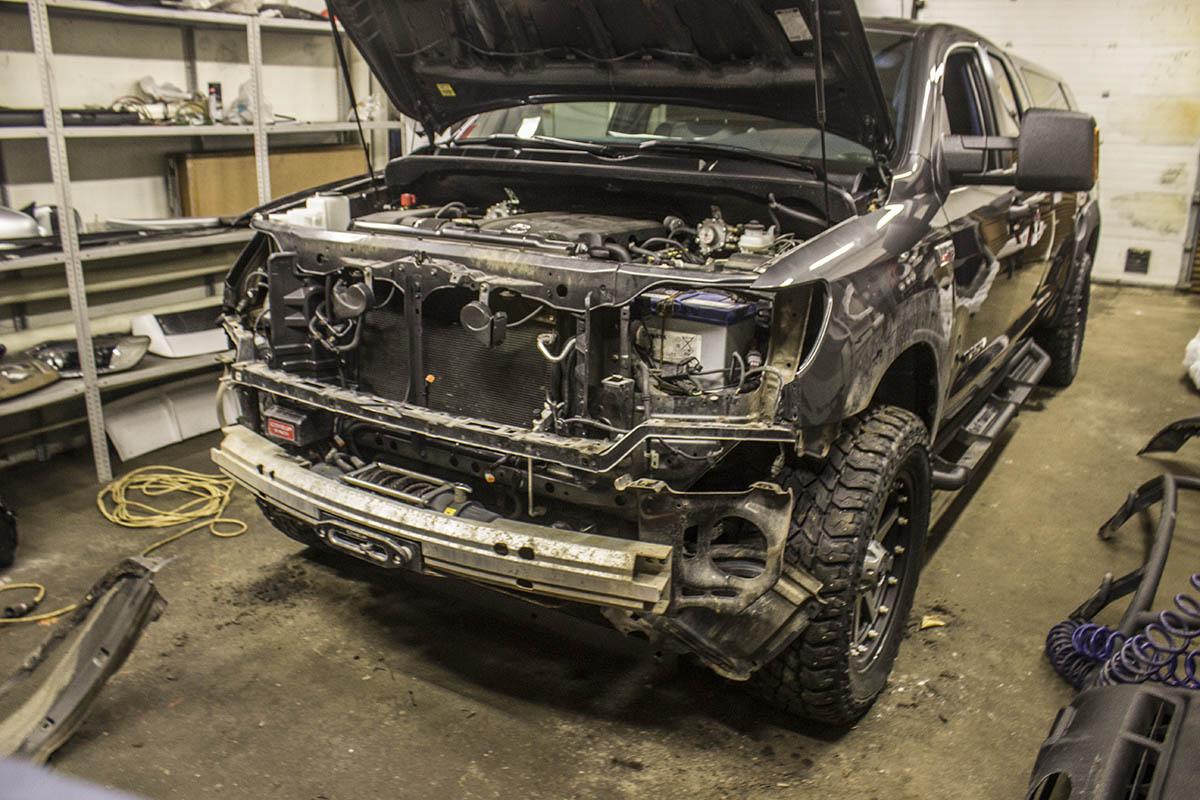 Toyota-Tundra-restyling-process-2