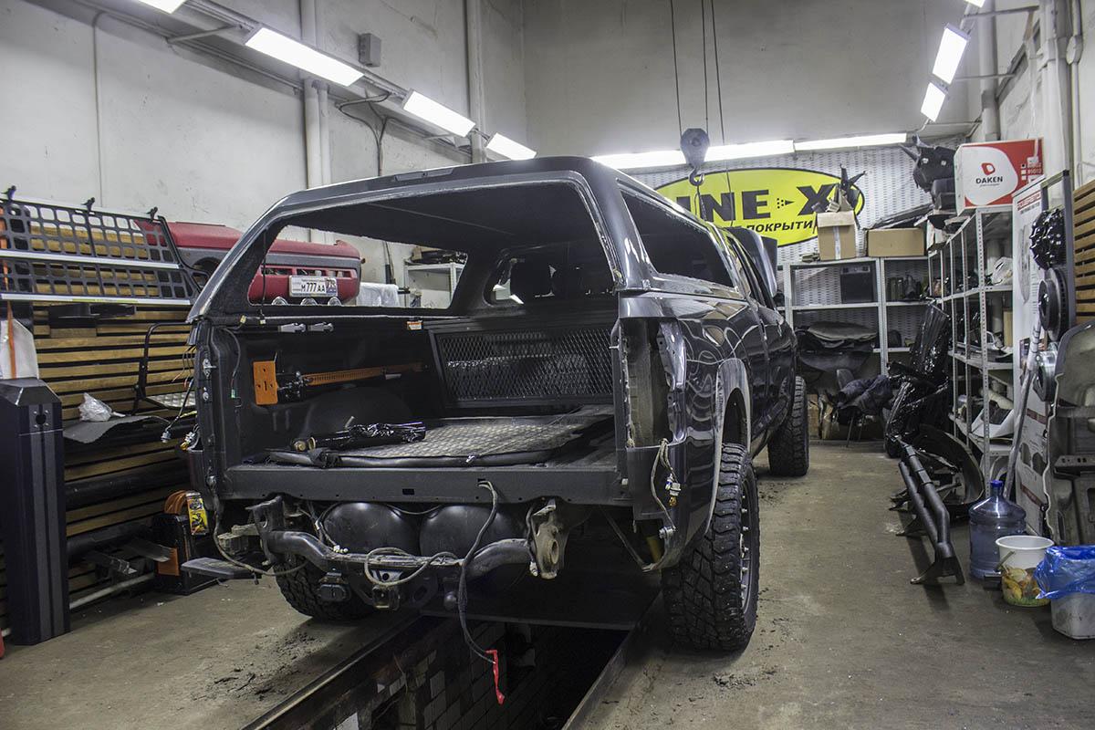 Toyota-Tundra-restyling-process-4