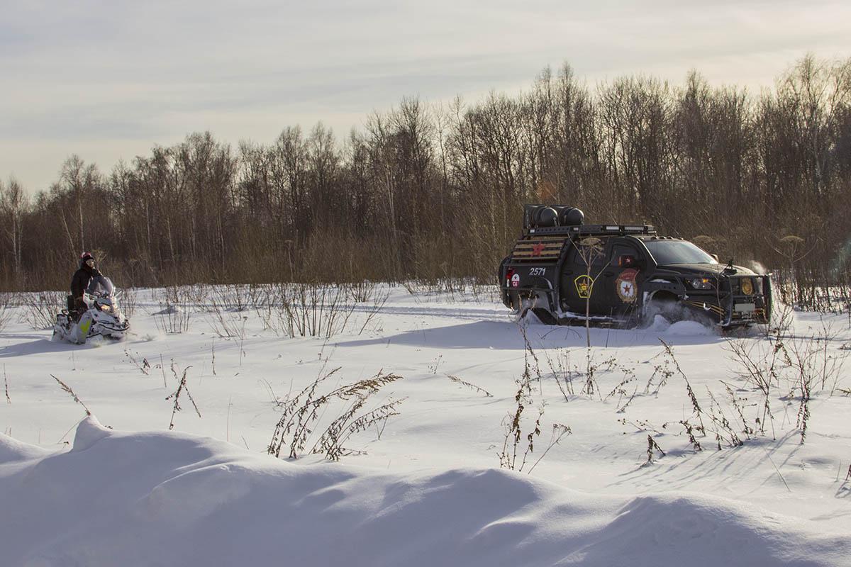 Toyota-Tundra-tracks-test-36