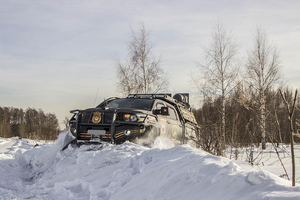 Toyota-Tundra-tracks-test-39