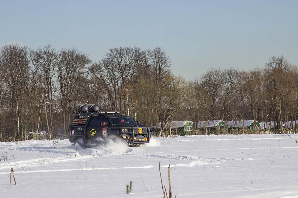 Toyota-Tundra-tracks-test-44