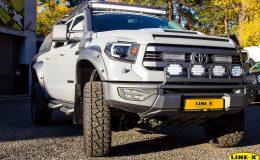 Toyota_tundra_SilverEagle_01