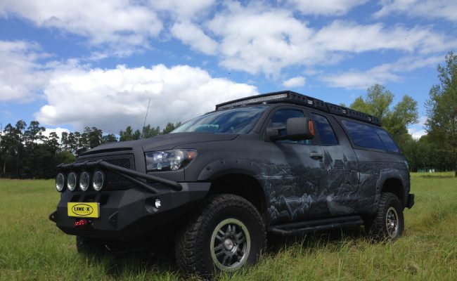Toyota-Tundra-castle-1