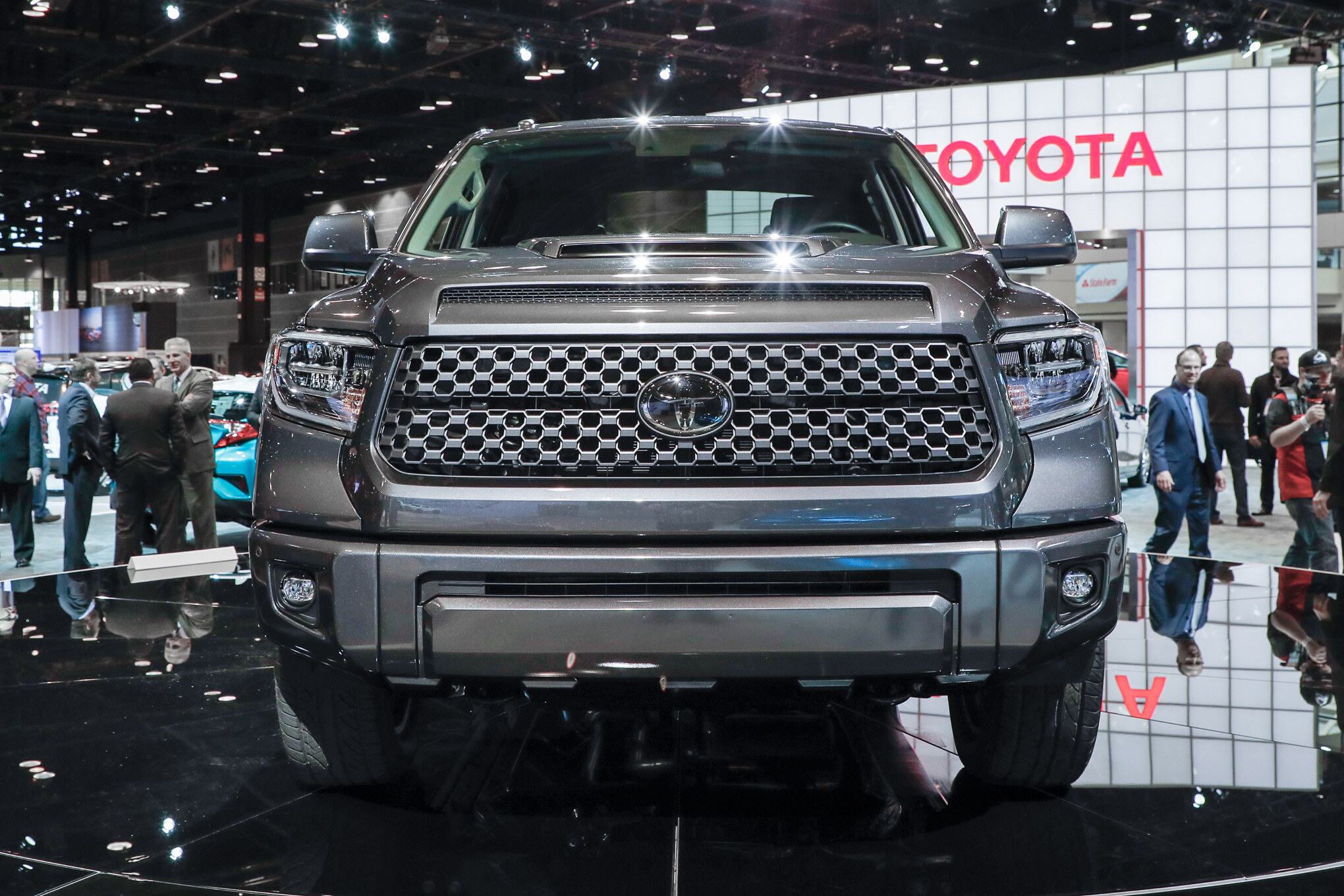 2018-Toyota-Tundra-TRD-Sport-front-end-1