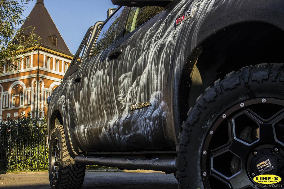 Toyota-Tundra-Waterfall-full-linex-8
