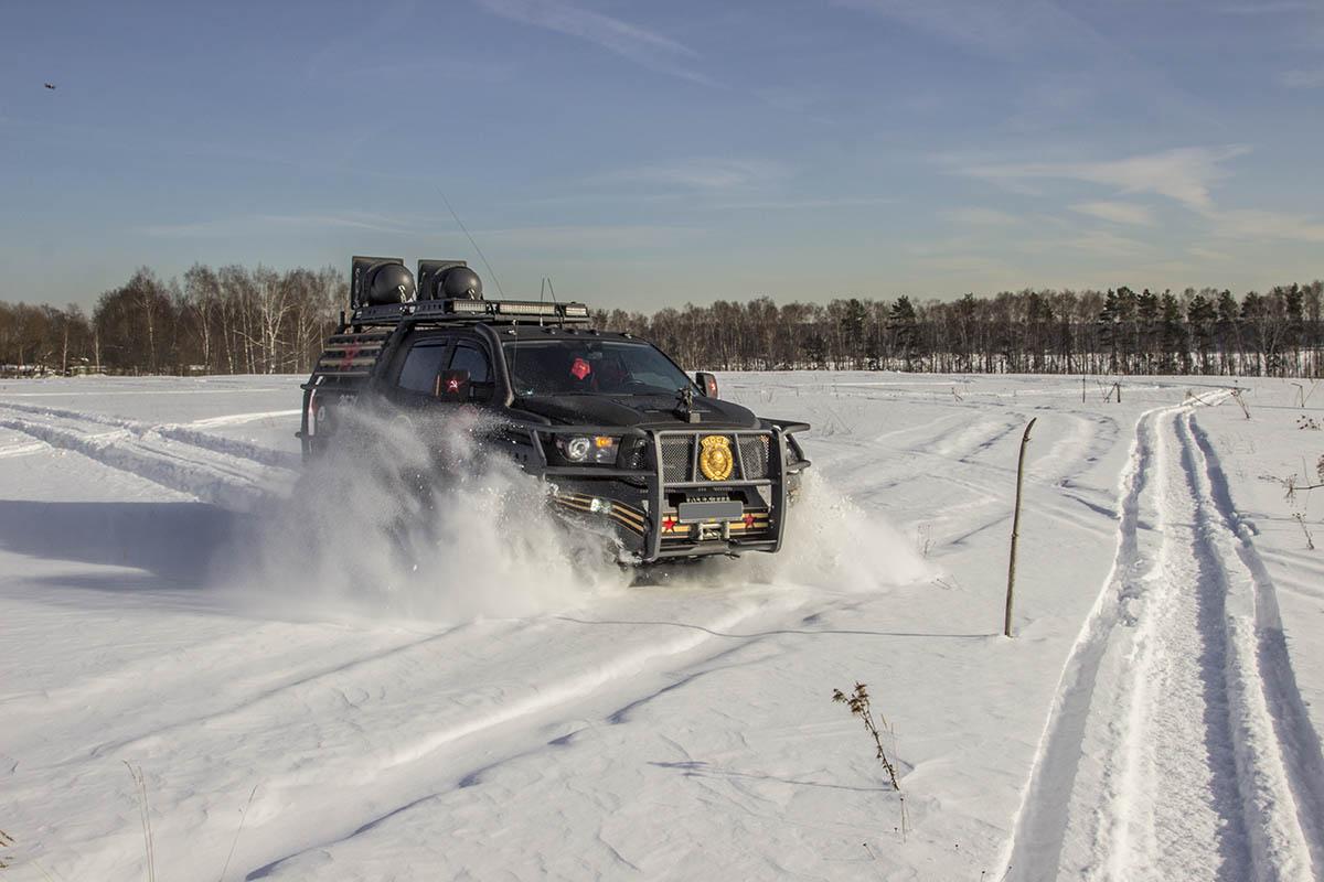 Toyota-Tundra-tracks-test-47